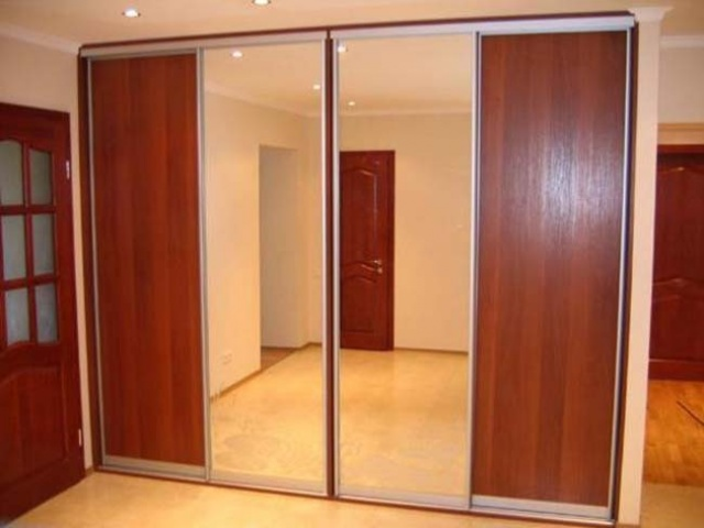 Двери-купе зеркало и МДФ