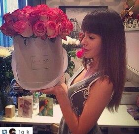 Букет в серебряной шляпной коробке с розовыми розами Love Box