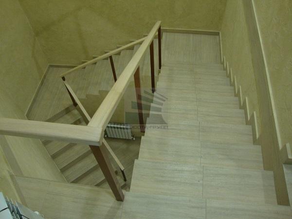 лестница отделка керамгранитом