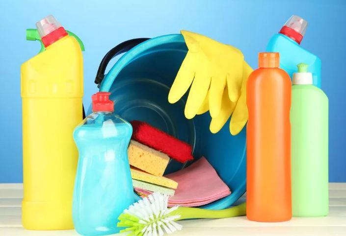 Материал по моющим и чистящим средствам фото