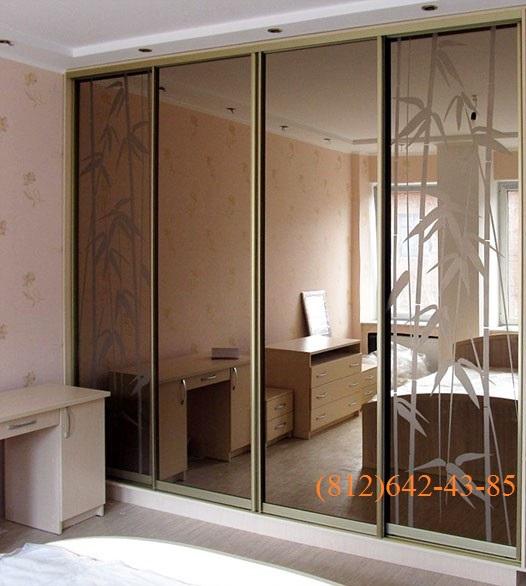 Двери-купе с бронзовым зеркалом